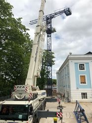 Tower Crane St Paul's House Winchester